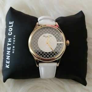 NWOT Kenneth Cole Watch 38mm